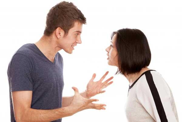 بی اعتمادی و بدرفتاری در روابط